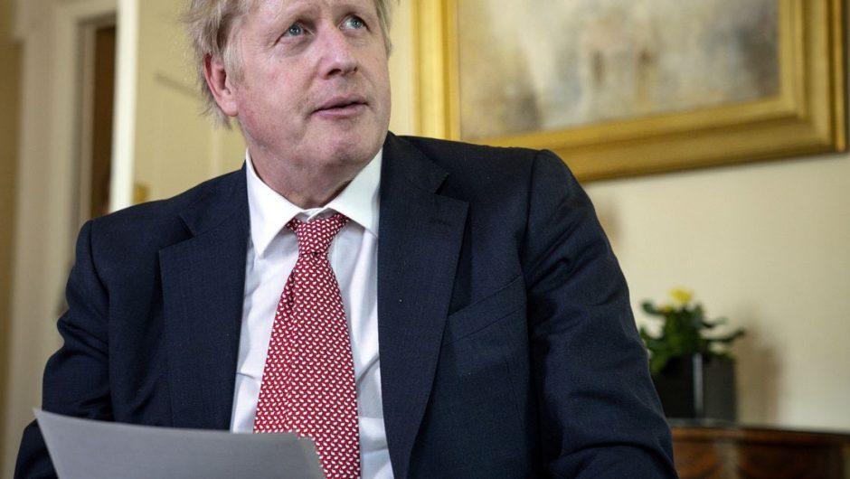 Coronavirus: Boris Johnson 'cautious' on lifting lockdown over 'second wave' fear