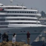 Artania cruise ship leaves Fremantle after fatal COVID-19 outbreak amid three more WA coronavirus cases