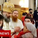 Coronavirus: worshippers still able to attend churches in Georgia despite restrictions – BBC News