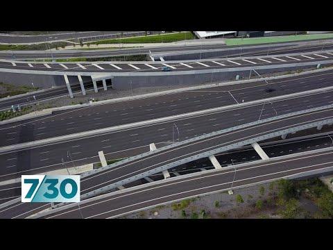 Footage shows how coronavirus has left Australian cities eerily empty | 7.30
