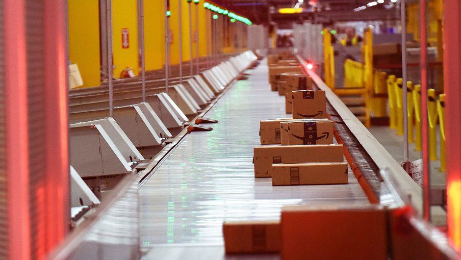 First Amazon warehouse worker dies of coronavirus