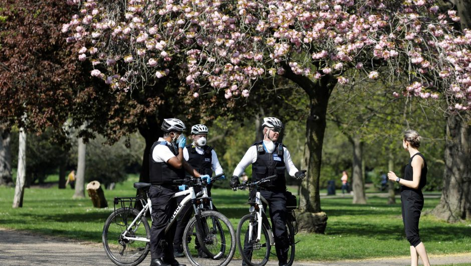 Coronavirus: Police issue almost 9,000 fines for lockdown breaches in England