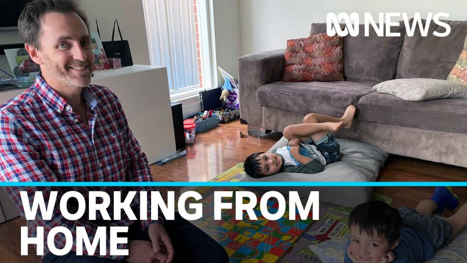 Coronavirus restrictions force trial of flexible working for Australian dads | ABC News