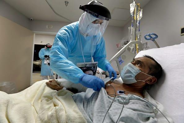 Coronavirus hospitalizations grow in Arizona and Texas