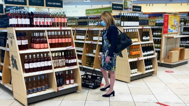 Ontario's health minister shopped at Toronto LCBO while awaiting COVID-19 test results