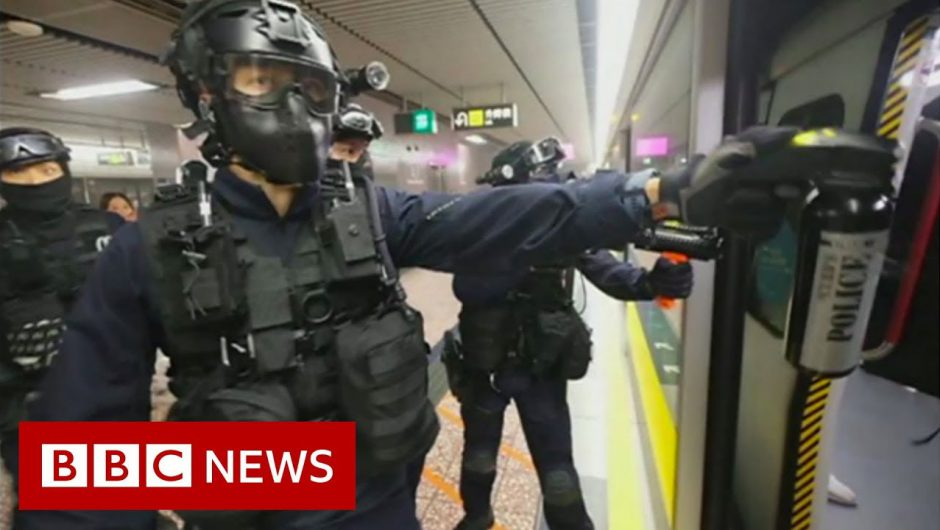 Hong Kong police storm metro system after protests – BBC News