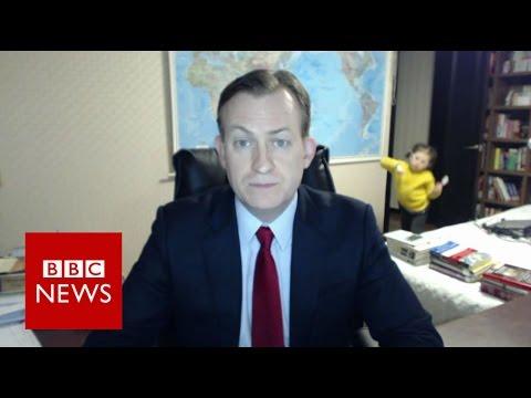 Children interrupt BBC News interview – BBC News