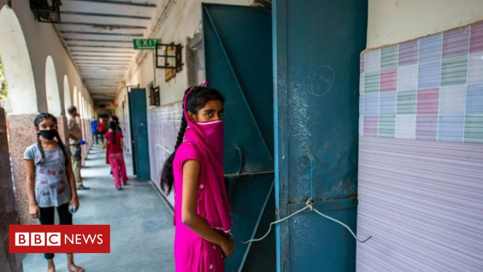 Coronavirus: How Delhi 'wasted' lockdown to become India's biggest hotspot