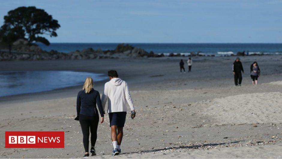 Coronavirus: How New Zealand went 'hard and early' to beat Covid-19
