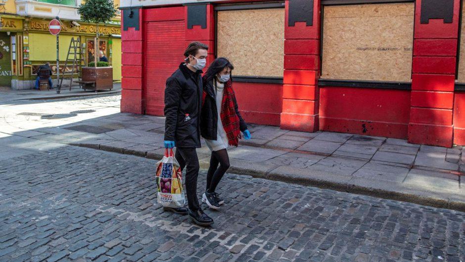 Coronavirus: Ireland delays pubs reopening for three more weeks | World News