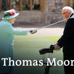 Queen Elizabeth knights Captain Tom Moore at Windsor Castle | DW News