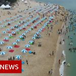 Coronavirus: Keeping the virus at bay on S Korea's beaches – BBC News