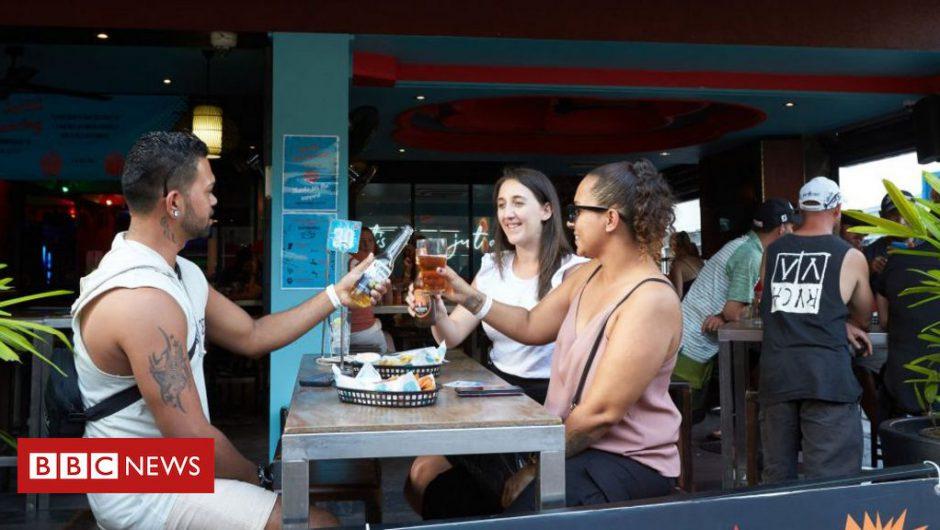 Coronavirus: Australia's Northern Territory extends border restrictions for virus hotspots