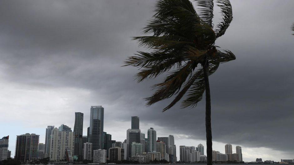 Isaias heads toward Florida's coast as state battles coronavirus surge