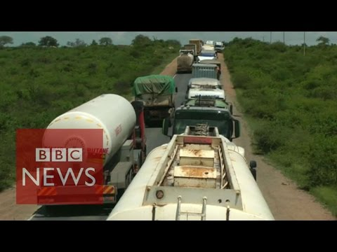Kenya: Drivers stuck in '50km/30 mile' traffic jam – BBC News