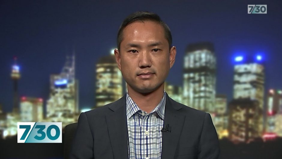 Immunologist says Australia should follow Singapore's lead on dealing with coronavirus | 7.30