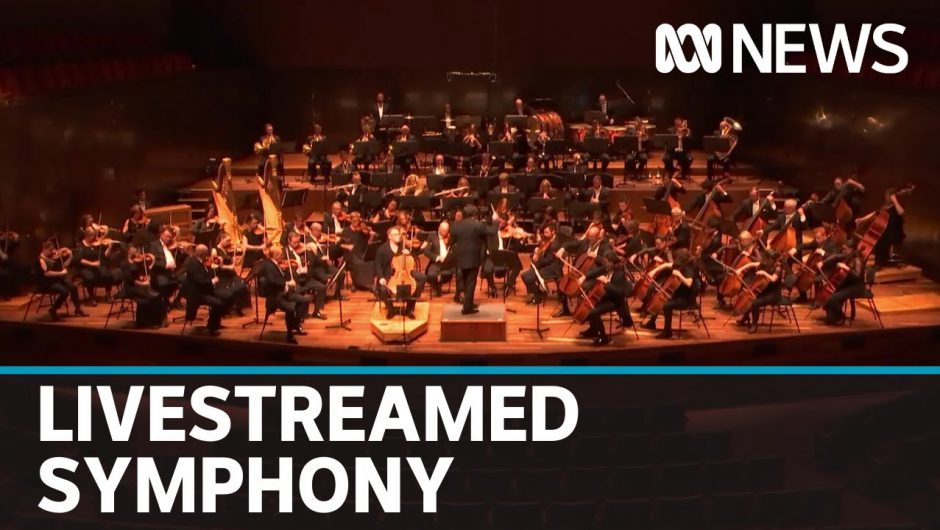 Coronavirus: Melbourne Symphony Orchestra plays on in livestreamed concert | ABC News