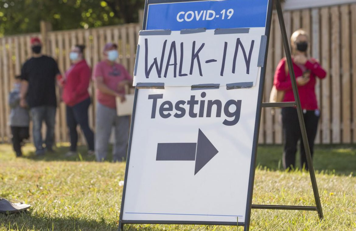 Four charts show COVID-19 cases climbing in Ontario — but death rates are low. Don't be fooled by the lag, experts say