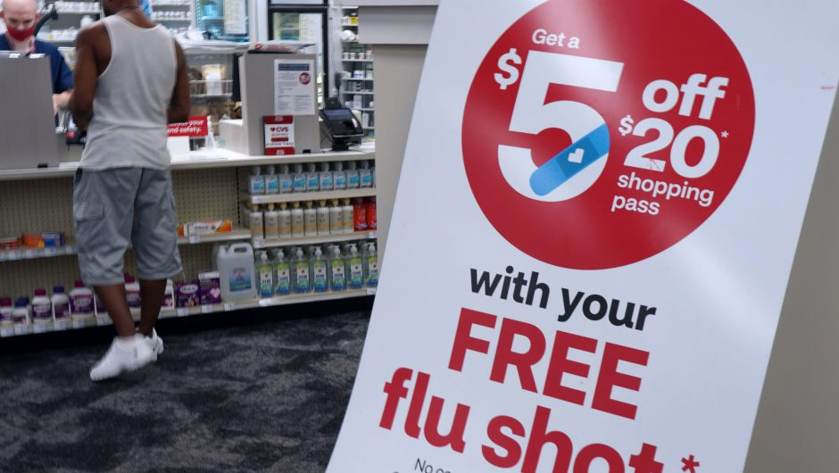CVS to hire 15,000 employees as it prepares more Covid-19 cases, vaccine