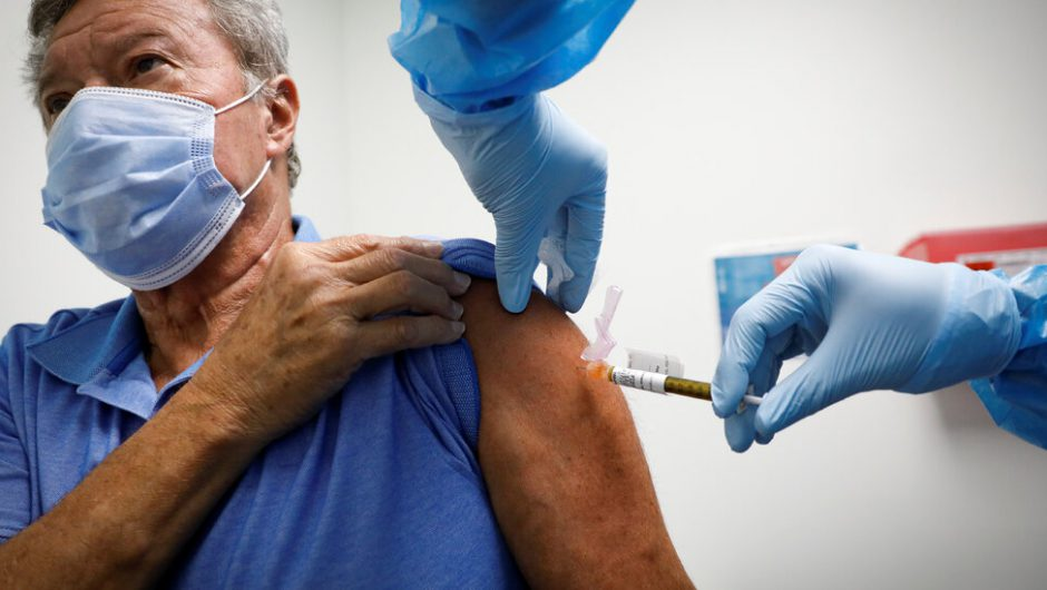 White House Blocks New Coronavirus Vaccine Guidelines