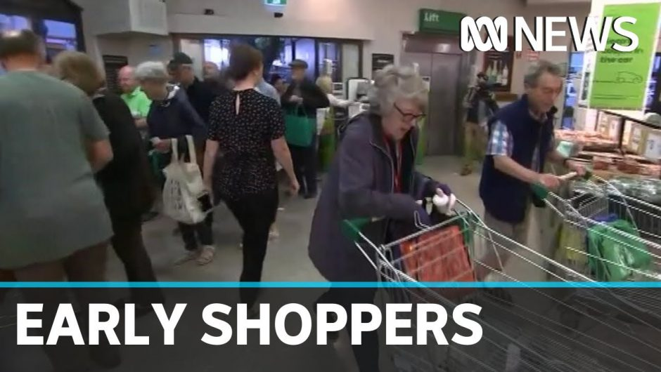 Coronavirus: Australian supermarkets open early for the elderly and disabled | ABC News