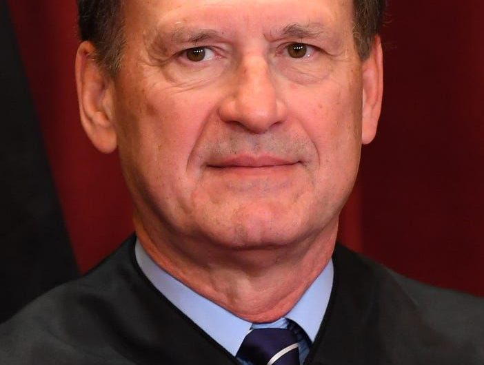 Critics decry Supreme Court Justice Alito's 'nakedly partisan' speech on COVID-19 measures, gay marriage