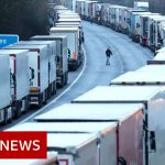 1,500 lorries stuck in Kent as UK talks to France – BBC News