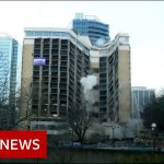 The moment landmark hotel demolished – BBC News