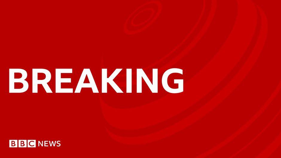 "Second ""more transmissible"" strain of coronavirus detected in UK – BBC News"