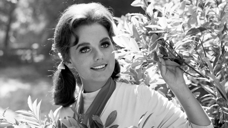 Dawn Wells, Mary Ann on 'Gilligan's Island,' dies of Covid-19 complications at 82
