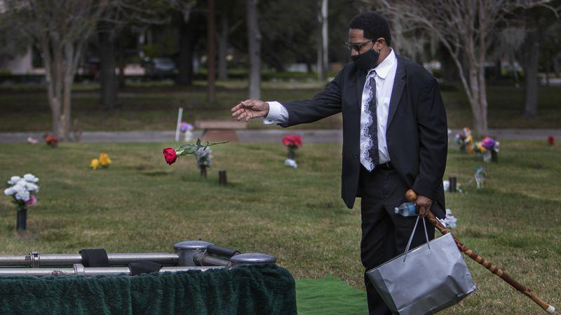 How coronavirus shattered a Florida family
