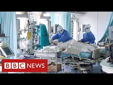 Covid frontline:  intensive care units under huge pressure at peak of second wave  – BBC News