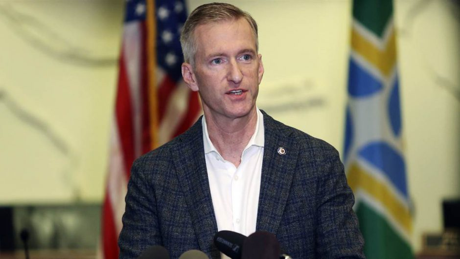 Portland mayor pepper-sprayed man who confronted him about Covid-19 rules