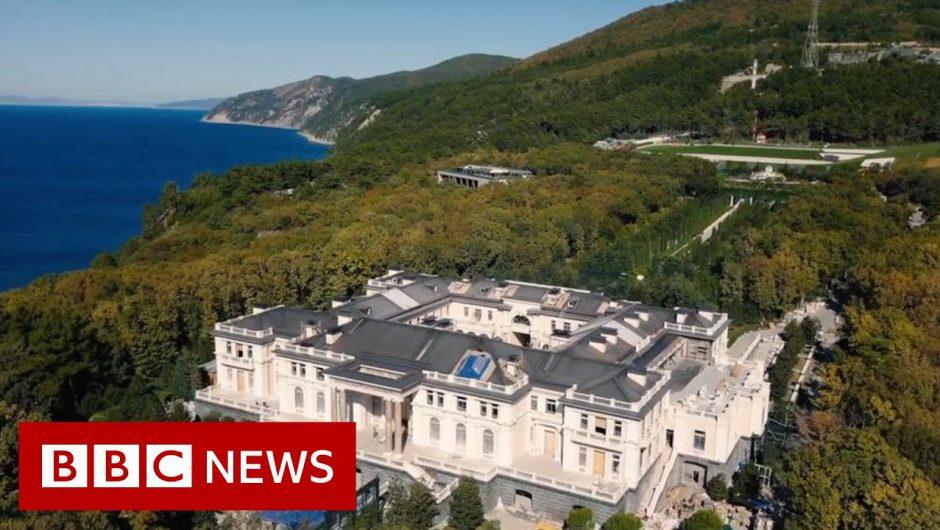 Vladimir Putin: Russian palace in Navalny video not mine – BBC News