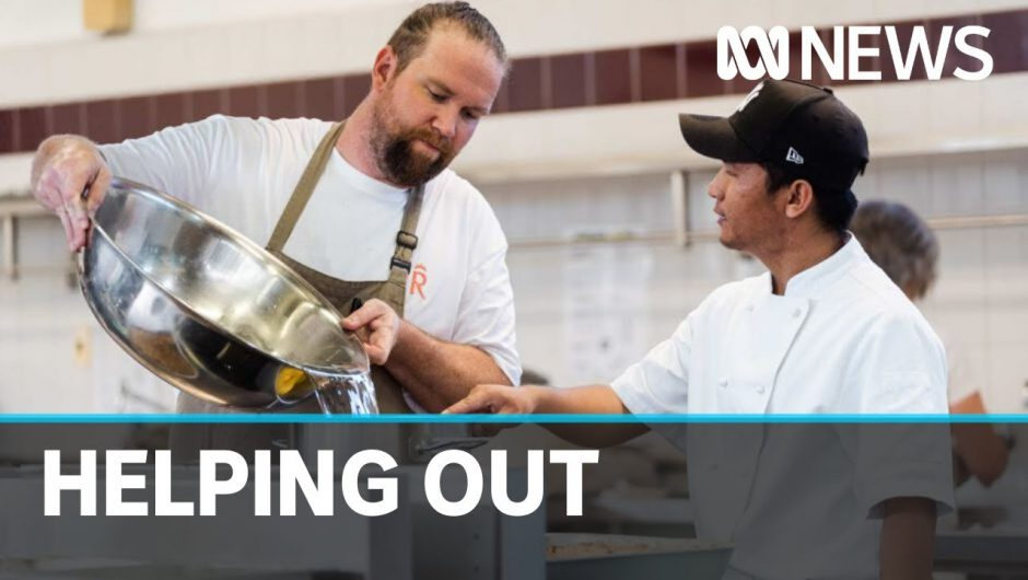 Coronavirus: Top chefs swap empty restaurants for cooking meals for the vulnerable | ABC News