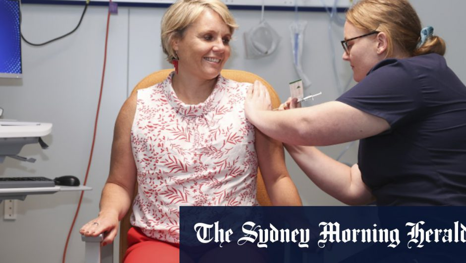 Why a Labor backbencher with breast cancer volunteered to get a COVID-19 vaccine